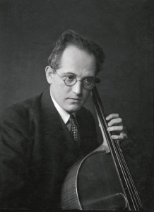 Karl von Motesiczky with his cello, 1930s